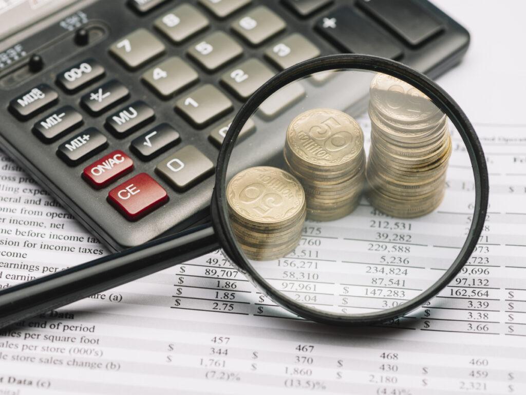 Calculadora lupa monedas